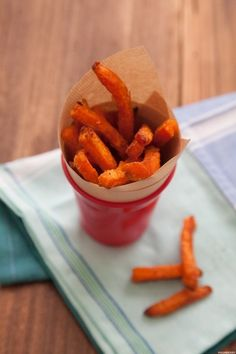 Spicy Sweet Potato Fries with Chipotle Seasoning Using Tefal ActiFry - http://blog.moonberry.com