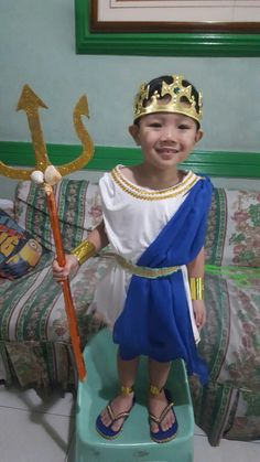 Little Poseidon #diy #costume #godandgoddesses #art Greek God Costume, Greek Costumes, Boy Costumes, Poseidon Costume, Fancy Dress, Dress Up, Baby Shower Diapers, Greek Gods, Olympians
