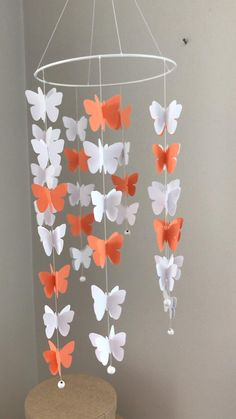 Paper Flowers Craft, Easy Paper Crafts, Paper Crafts Origami, Diy Crafts For Gifts, Diy Home Crafts, Creative Crafts, Wall Decor Crafts, Diy Garland, Paper Decorations