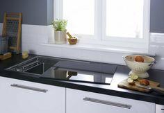 Magnet kitchens Show & Hide Sink