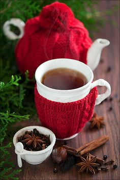 ensphere:  Winter tea by laperla2009 on Flickr.