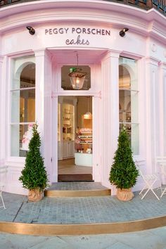 Pale Pink Cupcake Shop!
