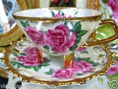 Gorgeous teacup!LOVE THIS, REMINDS ME OF MY MOM