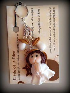Angioletti in fimo per Natale http://ilfilodelleideehandmade.blogspot.it/2013/12/angioletti-in-fimo-per-natale.html