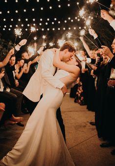 Audrey & Matthew's Modern Black Tie Wedding at South Congress Hotel in Austin, Texas Wedding Planning Tips, Wedding Tips, Dream Wedding, Wedding Day, Luxury Wedding, Spring Wedding, Wedding Stuff, Wedding Shit, Gatsby Wedding