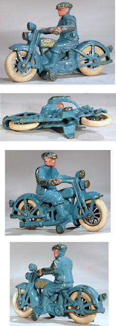 c.1931 Hubley, Harley Davidson Civilian Motorcyclist