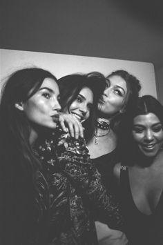 Lily, Kendall, Gigi & Kourtney