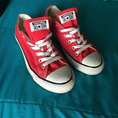 Red converse❤️ kinda worn but are still cute(reasonable offers welcomed) Converse Shoes Sneakers