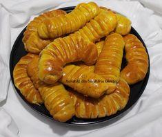 Pariziene cu umplutura de mere - Bunătăți din bucătăria Gicuței Sausage, Pizza, Meat, Food, Eten, Sausages, Meals, Diet