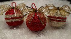 Bola de Natal em Crochê Dourada