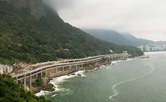 Estrada costeira e trecho de ciclovia no Joá, na barra da Tijuca, cidade do Rio de Janeiro, estado do RJ, Brasil.  Fotografia: Ricardo Borges / Folhapress.