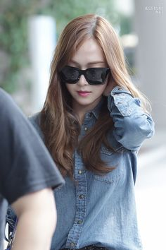 I Got Your Back ☆, sicanet: jessture ♡ do not edit! Jessica & Krystal, Jessica Jung, Girls Generation Jessica, Snsd Fashion, I Got Your Back, Airport Style, Airport Fashion, Golden Star, Ice Princess