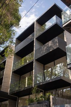 Arch Building, Building Facade, Minimalist Architecture, Facade Architecture, Residential Architecture, Facade Design, Exterior Design, Modern Brick House, Habitat Collectif