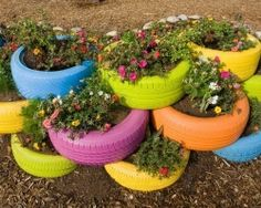 Recycle Reuse Renew Mother Earth Projects: Recycled Tire Gardens - Actual how to for the tire garden