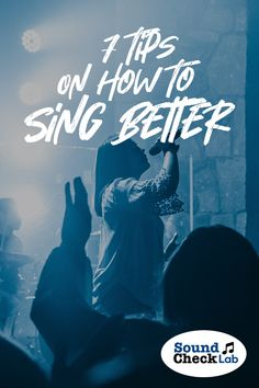 Wan't to sing better instantly? Here are seven tips, for beginners, that you need to know to bring out the superstar in you! Vocal Lessons, Music Lessons, Singing Course, Guitar Reviews, Vocal Exercises, Vocal Range, Muscle Memory, Digital Piano, Online Lessons