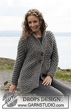 "Ravelry: Jacket in ""Eskimo"" with berry pattern pattern by DROPS design - free pattern Sweater Knitting Patterns, Knitting Stitches, Knit Patterns, Free Knitting, Drops Design, Knit Jacket, Knit Cardigan, Big Yarn, Knitted Coat"
