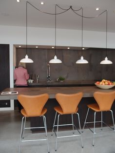 Working kitchen in Fritz Hansen showroom  multi pendant mounting