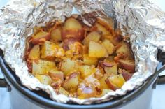 Slow Cooker Cheesy Bacon Ranch Potatoes - The easiest potatoes you can make right in the crockpot - perfectly tender, flavorful and cheese. Crockpot Dishes, Crock Pot Slow Cooker, Crock Pot Cooking, Slow Cooker Recipes, Crockpot Recipes, Cooking Recipes, Cooking Food, Cooking Ideas, Easy Recipes