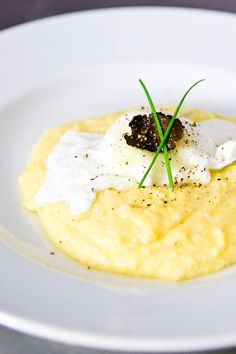 Black Truffle & Cheese Grits [No Recipes] Truffle Cheese, Truffle Oil, Black Truffle, Truffle Recipe, Truffle Butter, Asiago Cheese, Cheese Polenta, Creamy Polenta, Cheese