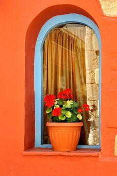 "The Geranium, Hania, Crete Greece  I WISH THE U.S.A. WOULD USE THE ""COLORS"" LIKE OTHER COUNTRIES DO!"