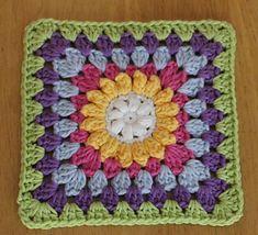 #haken, gratis patroon (Engels), granny square, bloem, puffsteek, popcornsteek, Ravelry, haakpatroon, #crochet, blanket, throw, baby, flower