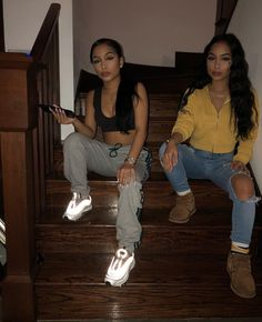 Best Baddie Outfits Part 15 Twin Outfits, Cute Swag Outfits, Chill Outfits, Dope Outfits, Trendy Outfits, Cool Summer Outfits, Fall Winter Outfits, Siange Twins, Bad Girl Style