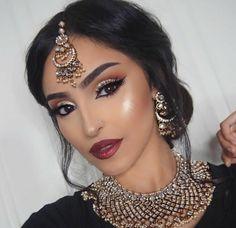 50 Best ideas pakistani bridal makeup hairstyles make up Pakistani Bridal Makeup, Indian Wedding Makeup, Asian Bridal Makeup, Bridal Makeup Looks, Wedding Hair And Makeup, Hair Wedding, Asian Bridal Hair, Wedding Guest Makeup, Bollywood Bridal