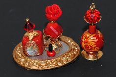 Dollhouse Miniature Perfumes Handmade por Purpose4Everything