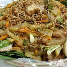 Anyone hungry?? Here is how you can cook Pancit Lucban #foodie #philippines #pancit #pinoy