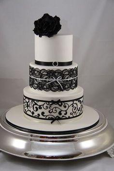 Lace Wedding Cakes Black and White wedding cake Black White Cakes, Black And White Wedding Cake, White Wedding Cakes, Beautiful Wedding Cakes, Gorgeous Cakes, Pretty Cakes, Amazing Cakes, Cake Wedding, Elegant Wedding