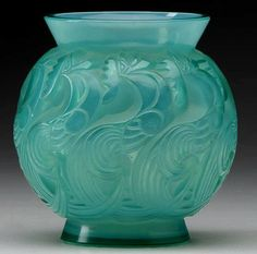 Le Mans vase of cased opalescent turquoise #glass, c. 1931 Rene Lalique.