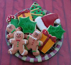 christmas cookies - how come mine NEVER look anything like this?!?! Lol