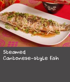 This delicious recipe is healthy and low fat without compromising on flavour.Each serving provides protein, carbohydrate (of which sugars), fat (of which saturates), fibre and salt. Fish Recipes, Healthy Recipes, Flat Fish, Fish Varieties, Steamer Recipes, How To Cook Fish, White Meat, Fried Fish, Protein Foods