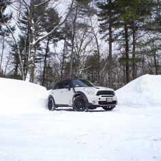 The #MINI #Countryman reigns over ice and snow.