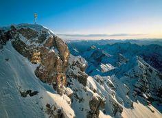 Zugspitze. Link zur Tour: http://www.outdooractive.com/de/wanderung/zugspitzregion/tiroler-zugspitze-uebers-gatterl-zur-ehrwalder-alm/1552502/#axzz2DW1GlcoL