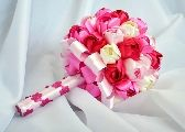 Naznačíme podľa obrázka cca 5 cm, 2 značky na každej z najdlhších strán. Serviettes Roses, Tin Can Flowers, Paper Weaving, Newspaper Crafts, Market Bag, Christmas Diy, Beaded Jewelry, Diy And Crafts, Projects To Try
