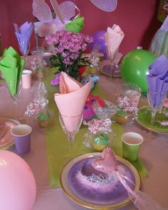 Table setting at a Fairy Party #fairy #partytable