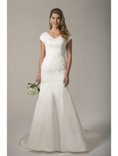Venus Modest is carried by A Modern Choice Bridal. #seattlebride