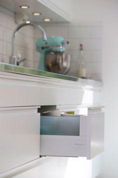 Hvitt kjøkken uten håndtak - Stil   Drømmekjøkkenet