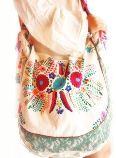 Handmade Mexican embroidered dresses and vintage treasures from Aida Coronado Mexican embroidered dress long sleeves A heart in every piece Más Mexican Embroidered Dress, Embroidered Bag, Embroidered Dresses, Handmade Handbags, Handmade Bags, Mexican Outfit, Estilo Hippie, Mode Boho, Lesage