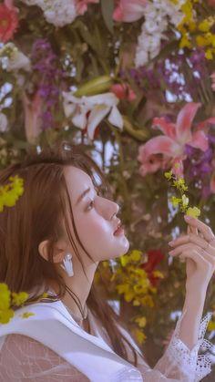 Korean Beauty Girls, Pretty Korean Girls, Beauty Full Girl, Asian Beauty, Princess Aesthetic, Aesthetic Girl, Lily Youtube, Foto Nature, Best Photo Poses