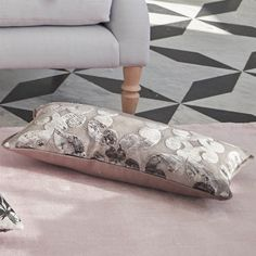 Saraille Cobalt Rug by Designers Guild - Free UK Delivery - The Rug Seller Designers Guild, Striped Rug, Pink Room, Living Styles, Wallpaper Samples, Living Furniture, Luxury Home Decor, Modern Rugs, Furniture Collection