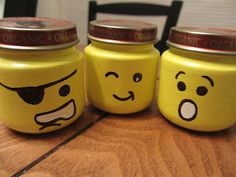 Unique and Chic Creations: Lego Head Baby Food Jars. Such a great idea.