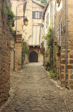 an empty street in small village in France Places Around The World, Oh The Places You'll Go, Places To Travel, Places To Visit, Around The Worlds, Penne, Dordogne, Loire, Aquitaine