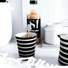 """#espressotassen #bunzlauerkeramikbyhouseofideas #black…"""" www.houseofideas.de"""