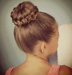 98 Amazing Easy Wedding Hairstyles for Little Girls, 25 Little Girl Hairstyles…you Can Do Yourself – Make It and, 11 Pascher Updo Hairstyles for Kids, 7 Easy Wedding Hairstyles for Little Girls, Wedding Hair Styles for Kids. Box Braids Hairstyles, Donut Bun Hairstyles, Dance Hairstyles, Flower Girl Hairstyles, Little Girl Hairstyles, Trendy Hairstyles, Kids Hairstyle, Hairstyles Pictures, Hairstyles Videos