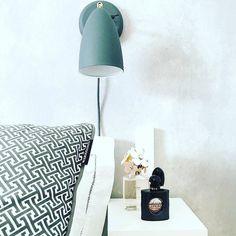 Looking for a bedside reading light? Look no further than the Nexus. Great work @tintinsinsta #homedecor #lamp #furnituredesign #lighting #lights #lightingdesign #scandinaviandesign #danishdesign #scandinavian #homedesign by lightsyuk