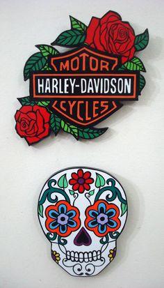 ARTECOLOR OBJETOS: HARLEY DAVIDSON EN MADERA PINTADO A MANO