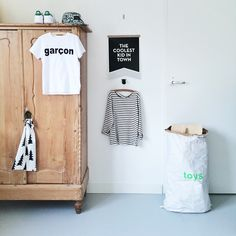 GUEST ON THE BLOG: HANNEKE AND HER ROOM - Live Loud Girl