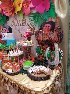 Moana Hawaiian Luau Birthday Party Ideas | Photo 8 of 13